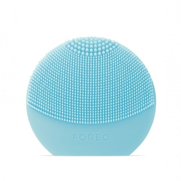 The Luna Play Plus cleansing device (S$63 on Lazada) by Foreo.