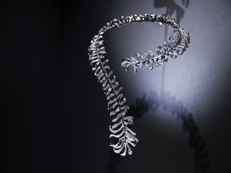 The Comet sautoir necklace. Image courtesy of Chanel