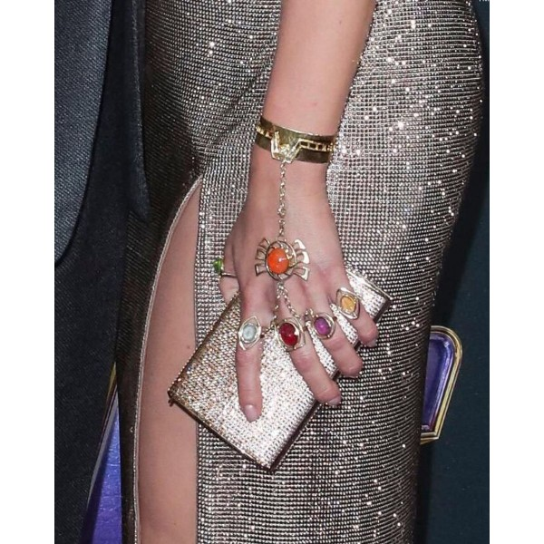 The American entertainment magazine, Variety (@variety), posted an Instagram shot of Scarlett Johansson's jewellery.