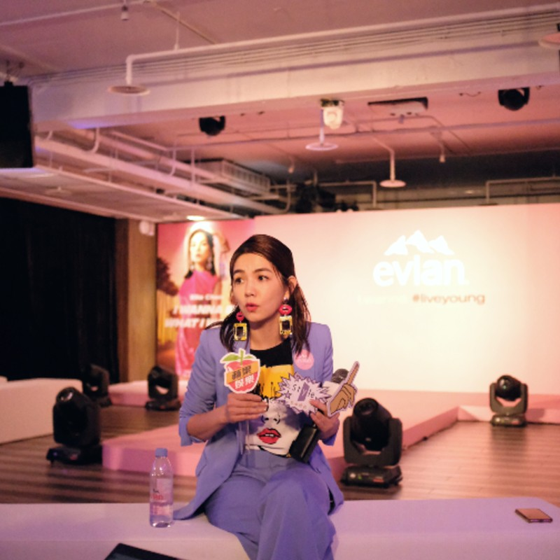 """On the 17th and 18th of July, Chen held two fan meets in Taipei's The Red House in celebration of her 38th birthday. She aptly dubbed it """"Birthday x Happiness x Party"""". Photograph by ELLE Singapore"""